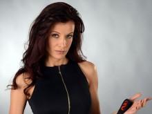 Наша популярна актриса заплаши фен с шамари