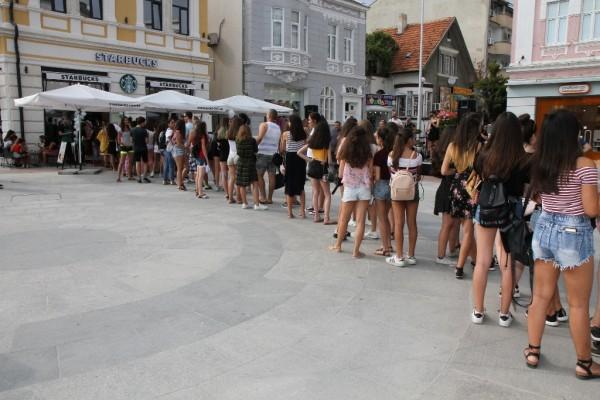 Image result for Световноизвестната кафе верига Starbucks® стъпва във Варна