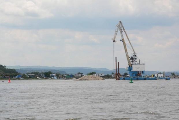 Тръбопроводът във Варненското езеро е положен на 25-30 метра западно