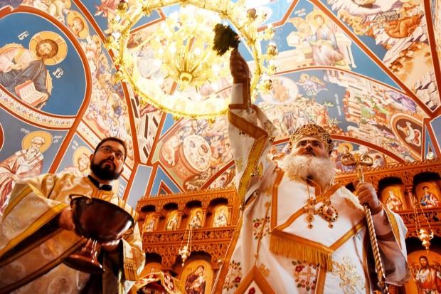 ФейсбукСлед освещаване отвори врати новият православен храм