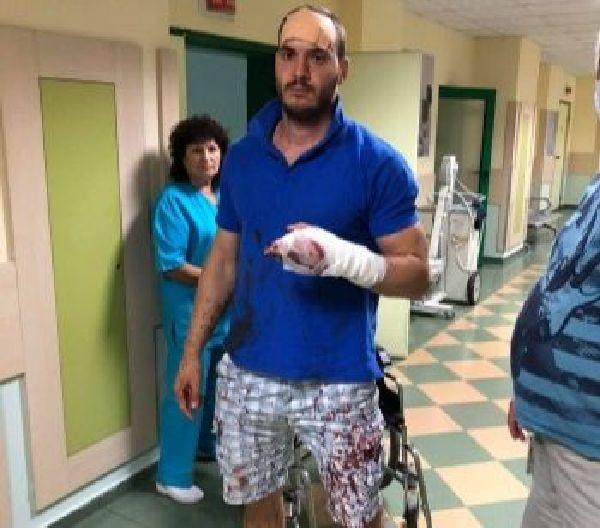 Роми са нападнали с мачете млад мъж от Роман, сигнализират