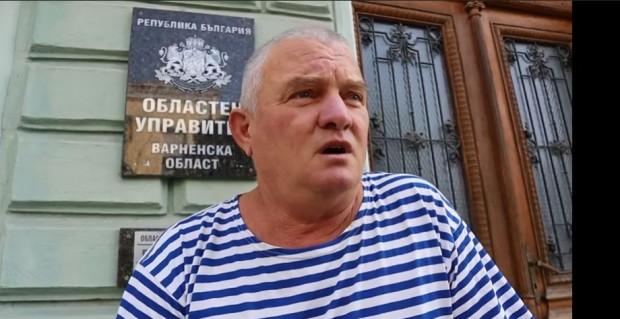 ФейсбукПредседателят на партията на българските мъже Росен Марков депозира молба