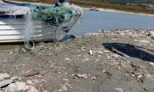ИАРАПри извършена рутинна проверка на язовир Цонево, инспектори на Рибарство