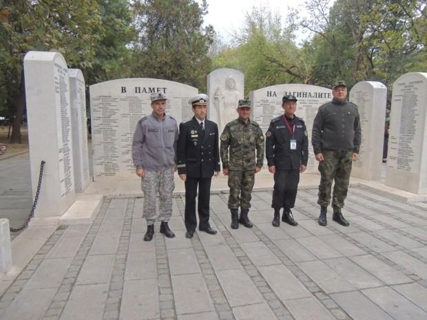 Повишеният брой кандидати за вакантни длъжности във Въоръжените сили дава