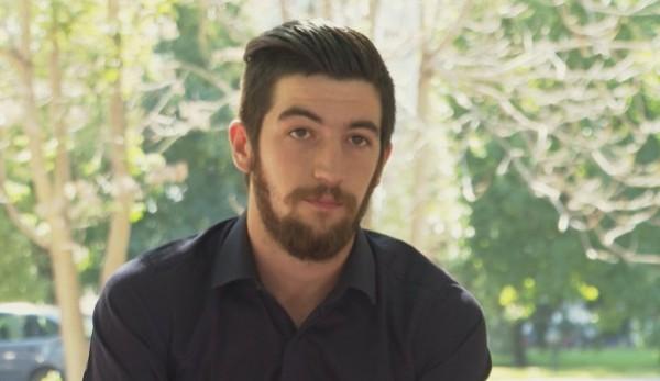 бТВАктьорът Даниел Михайлов беше арестуван в Пловдив за хвърлени яйца