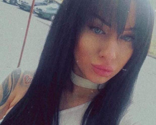 ФейсбукЛошото момиче, което преди време се прочу в Пловдив и