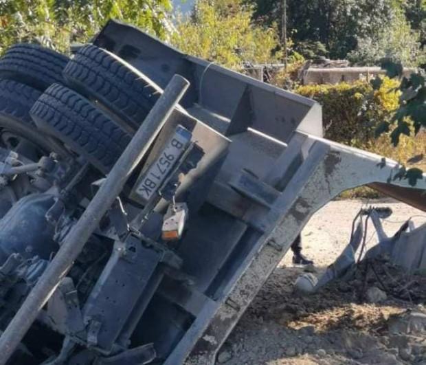 Виждам те КАТ-ВарнаСпукана гума е довела до фаталната злополука с
