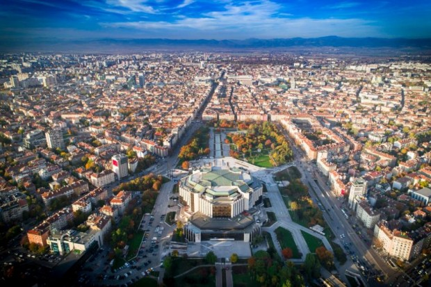 ДарикЗатварят всички нощни заведения в София за 2 седмици. Мярката