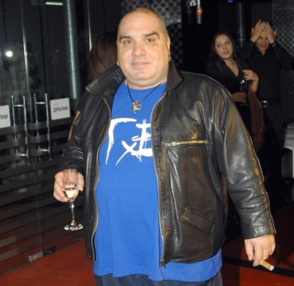 Димитър Ковачев-Фънки е на пътда остане без пукнат лев. Спестяванията