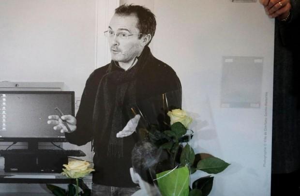 Всички френски училища почитат паметта на убития преди 15 дни
