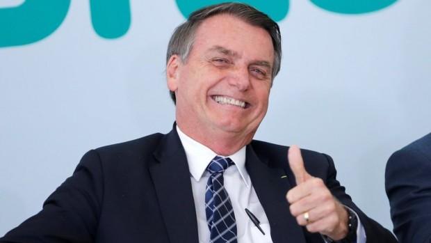 Президентът на Бразилия Жаир Болсонаро за пореден път омаловажи пандемията