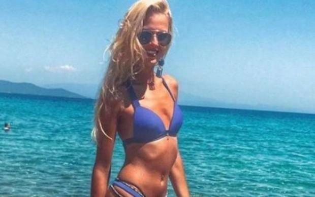 Най-красивата водеща на времето Натали Трифонова няма никакъв бюст, но