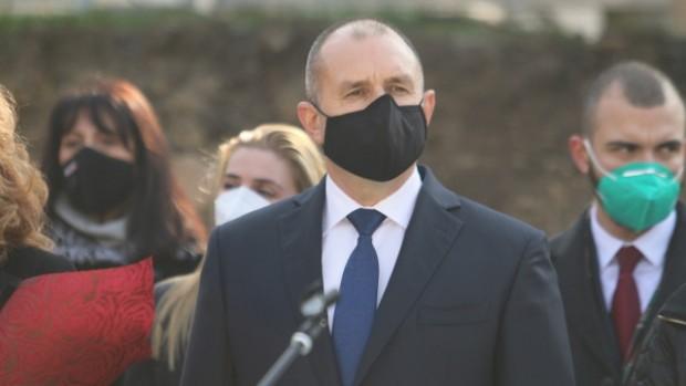 БГНЕСБългарите умират не заради коронавируса, а най-вече заради хаоса при