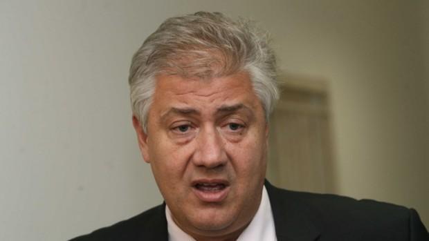 БГНЕСЗдравният министър разреши плановите операции от утре, което предизвиква въпрос