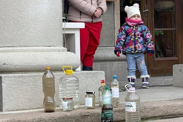 Областният управител заяви пред жителите на село Брестовица, че имат