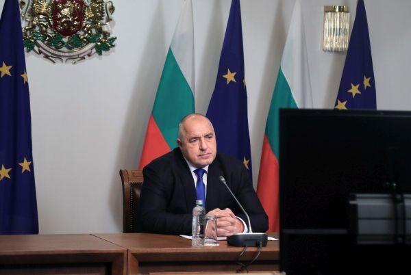Лидерите на Европейския съюз - на видеоконферентна среща. Те обсъждат