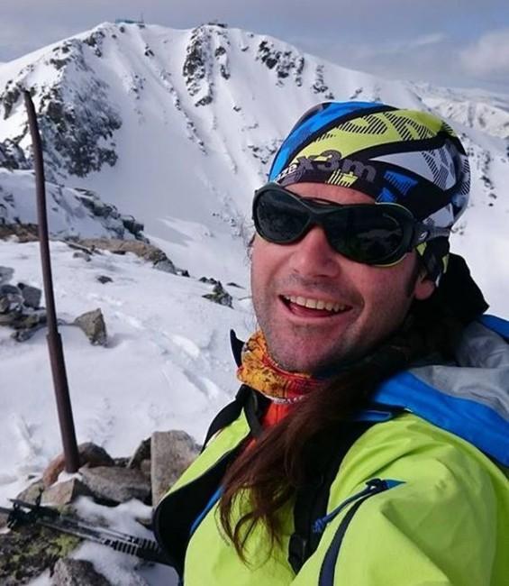 ФейсбукПремиерът изказа съболезнования във Фейсбук на близките на загиналия алпинист