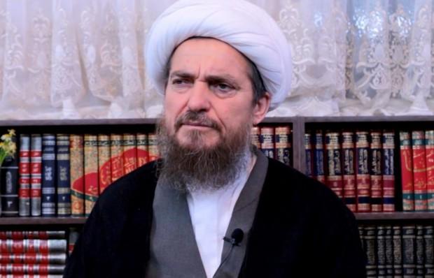 Ирански духовник твърди, че ваксината срещу Covid-19 превръщахетеросексуалните в хомосексуални,