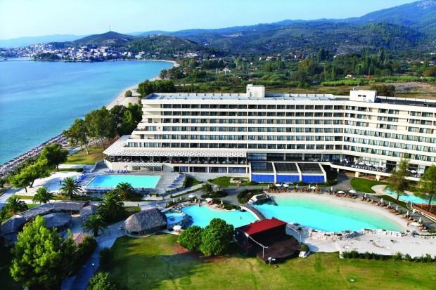 Над 300 хотела в Гърция са обявени за продан. Туризмът,