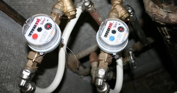 Всички уреди за дялово разпределение върху радиаторите, топломерите и водомерите