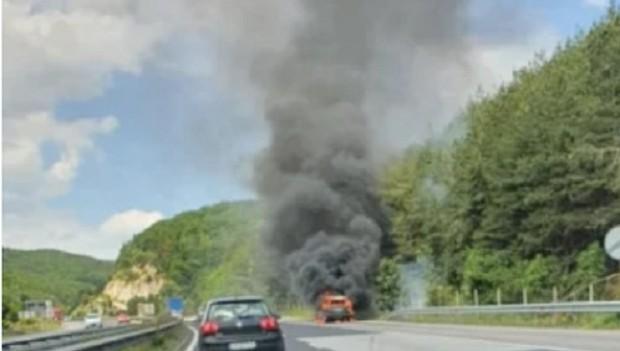 > Снимка:АрхивНа място е изпратен екип на пожарна, който е