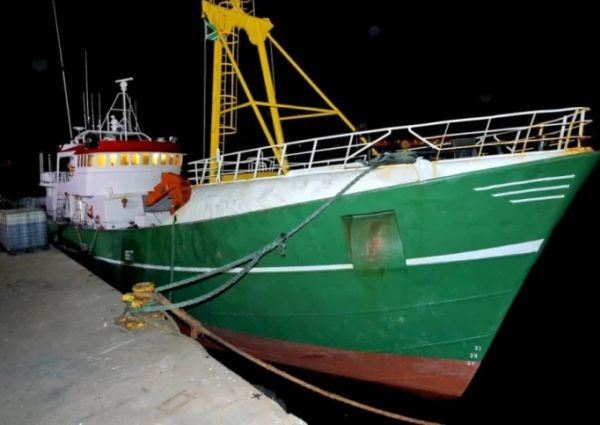 Снимка: Арестуваха четирима български моряци с кокаин за близо 40 млн. долара
