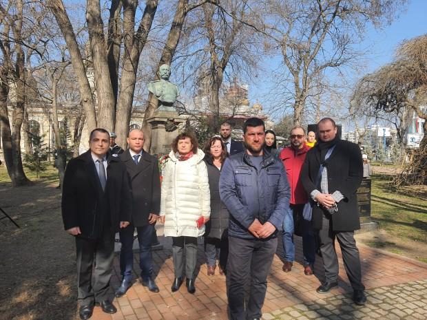 ПП ГЕРБ –Варна участва в честването на Националния празник на