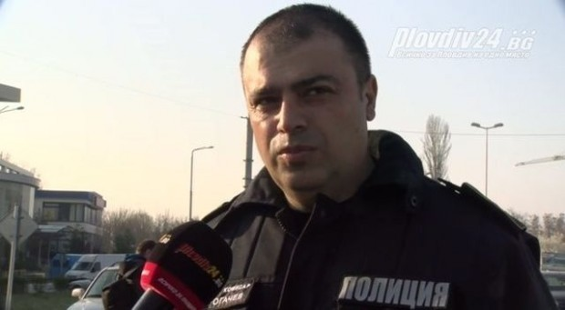 Plovdiv24.bgВ полицията в Пловдив постъпват още подобни сигнали за 30-годишния