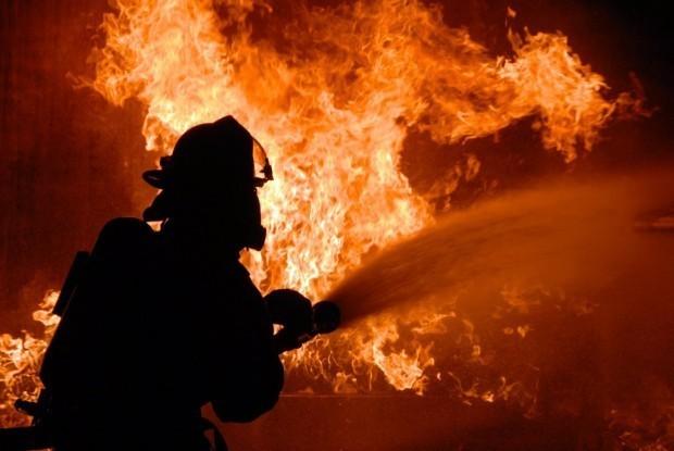 4 противопожарни автомобила с екипажите са изпратени към 1.40 ч.