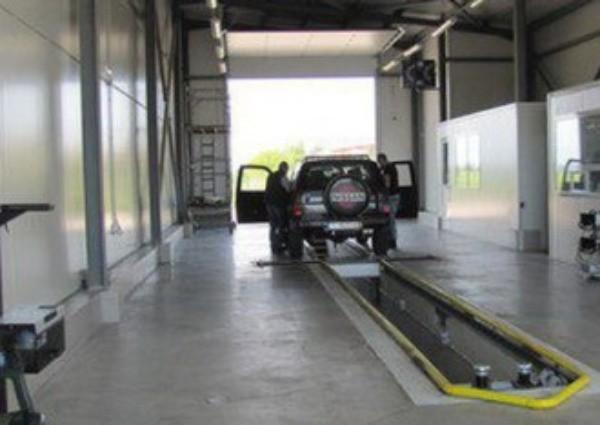 При годишен технически преглед на автомобилите ще бъде поставян стикер