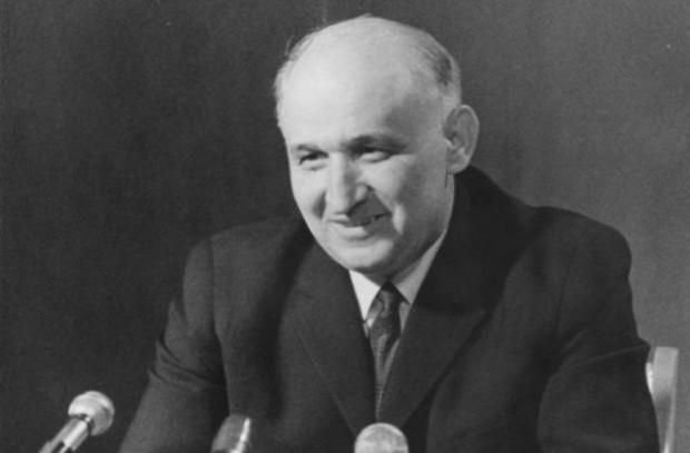 Есе за диктатурата на Тодор Живков,
