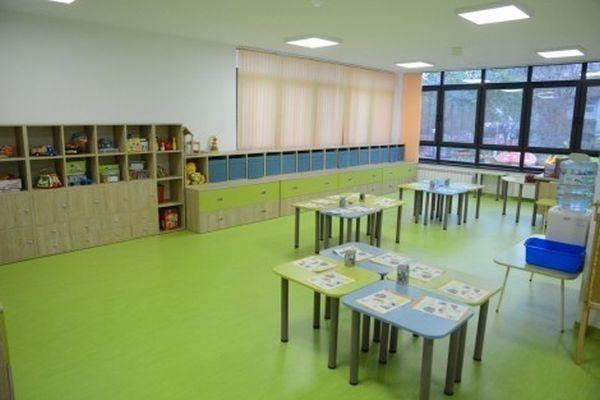 48 свободни места са обявени за целодневен прием в детските