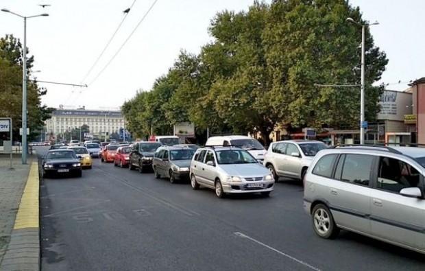 В тази ситуация са стотици шофьори в цялата страна. За