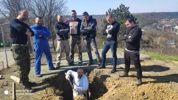 ФейсбукЗапочва изграждането на монумента на загиналите мотористи, научи Varna24.bg от