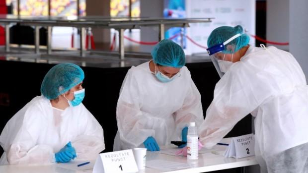 ЕПА/БГНЕССмесването на ваксини от различни видове е неправилно. Това смята