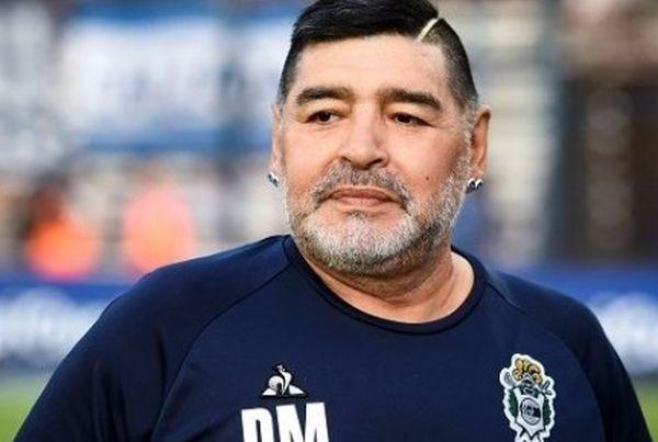 ФейсбукРаботилият като помощник на легендата Диего Марадона в мексиканския Дорадос