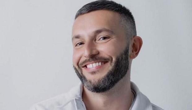 Македонецът с български паспорт, който ще участва на Евровизия, призна,