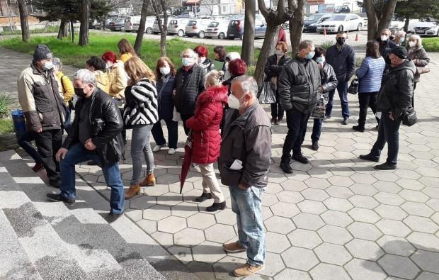 В София вече няма опашки пред ваксинационните кабинети. Все пак