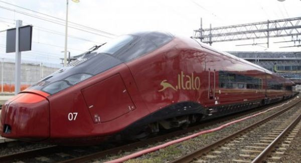 47-годишният българин К.Р. е плашилото на железниците и на пътниците