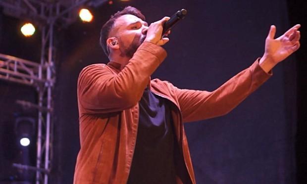 Plovdiv24.bgВлади Ампов - Графа обяви 10 концертни дати на открито