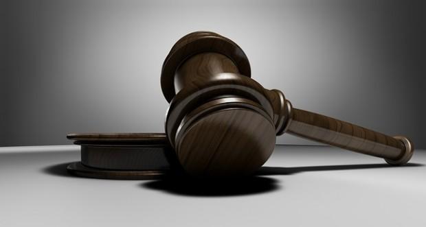 Съдът одобри внесено за разглеждане споразумение, с което две сестри,