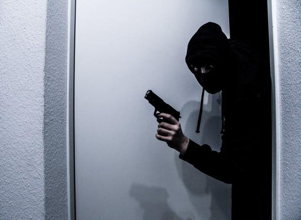 > ИлюстрацияВ рамките на разследването са открити въздушен пистолет и