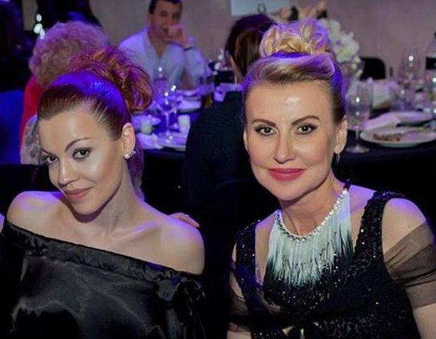 По-голямата дъщеря на Илиана Раева и Наско Сираков – Славея,