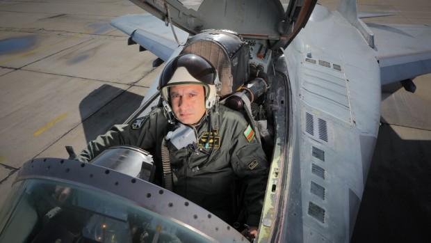 Бившият военен пилот Николай Калев сподели какви са възможните причини