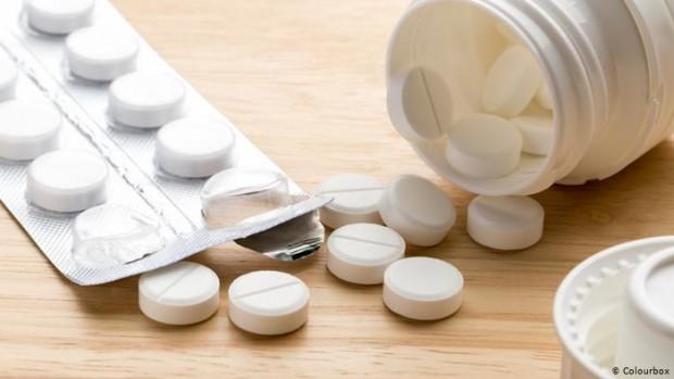 Приемането на болкоуспокояващи преди ваксина срещу COVID-19 за предотвратяване на