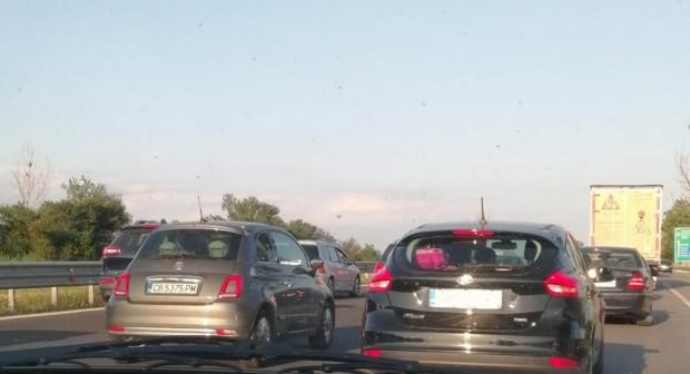 Монитор Катастрофа причини огромно задръстване по магистрала