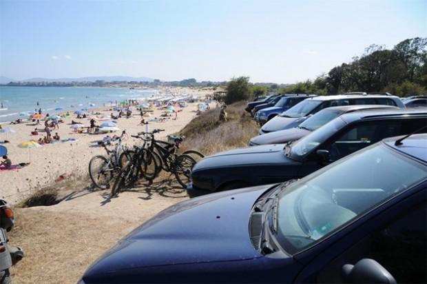 Цените на паркоместата в морските курорти стигна тези на нощувките