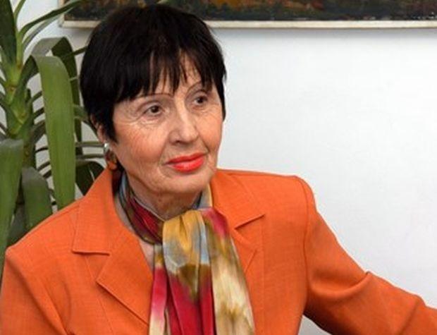 Голямата българска поетеса Лиляна Стефанова е починала на 1 август,