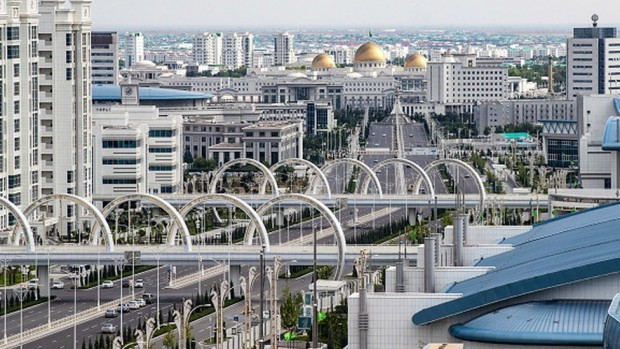 > Столицата на Туркменистан - АшхабадБившата съветска република, в която