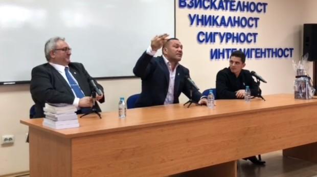 Varna24.bg Кубрат Пулев буквално срина със земята в Пловдив цялата политическа